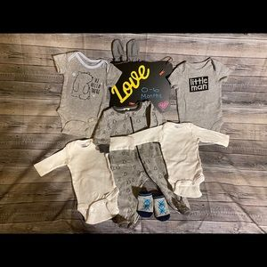 💙 Lot of baby boy clothes. 0-6 months. EUC